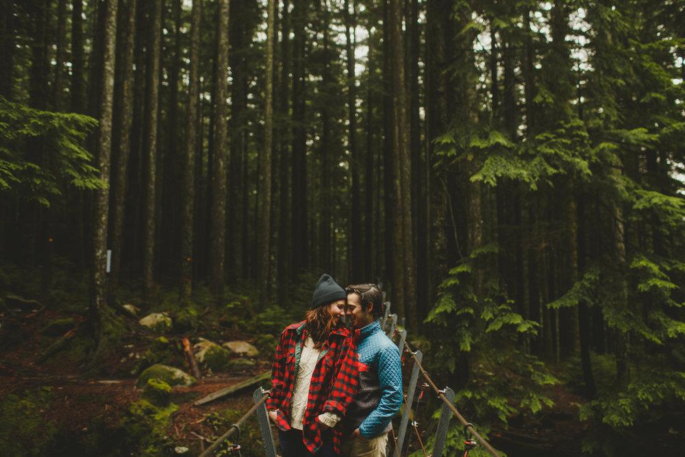 When in doubt, wear a flannel --> my moto...