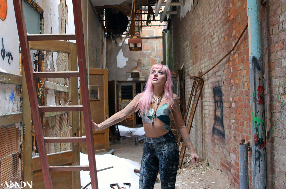Jessie abandoned hallway