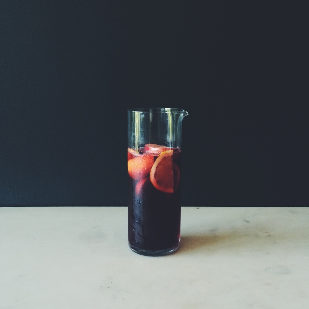 OBELO | Red Sangria with Apples and Nectarines