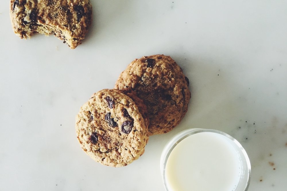 OBELO | Oatmeal Chocolate Chip Cookies