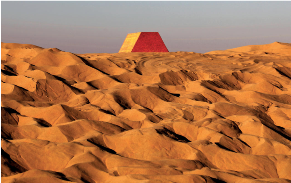 First scale model test at the proposed site of The Mastaba, November 2011 Scale of the model: 1 cm = 10 m Photo: Wolfgang Volz © 2011 Christo