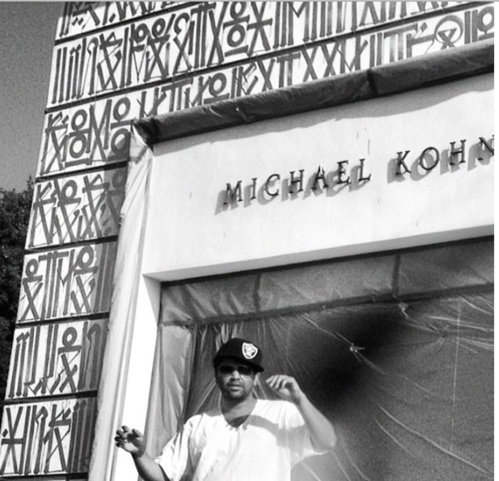 RETNA outside of Michael Kohn Gallery.