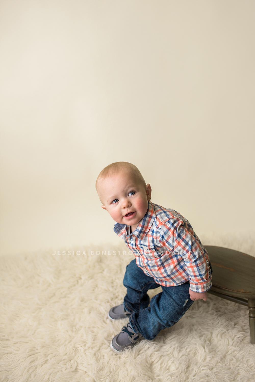 hwest iowa baby photographer.jpg