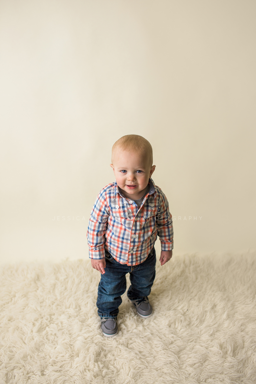 northwest iowa baby photographer.jpg