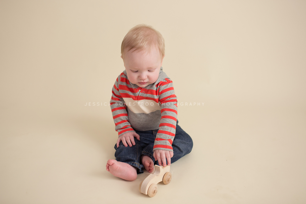 nolan, iowa baby photographer, baby session, hull, iowa, baby boy, jessica bonestroo, 8 months old