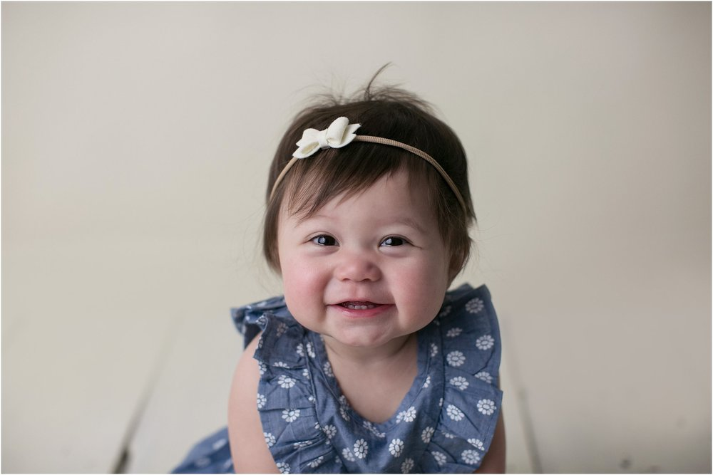 Quinn, chambray, 1 year session, brown eyes