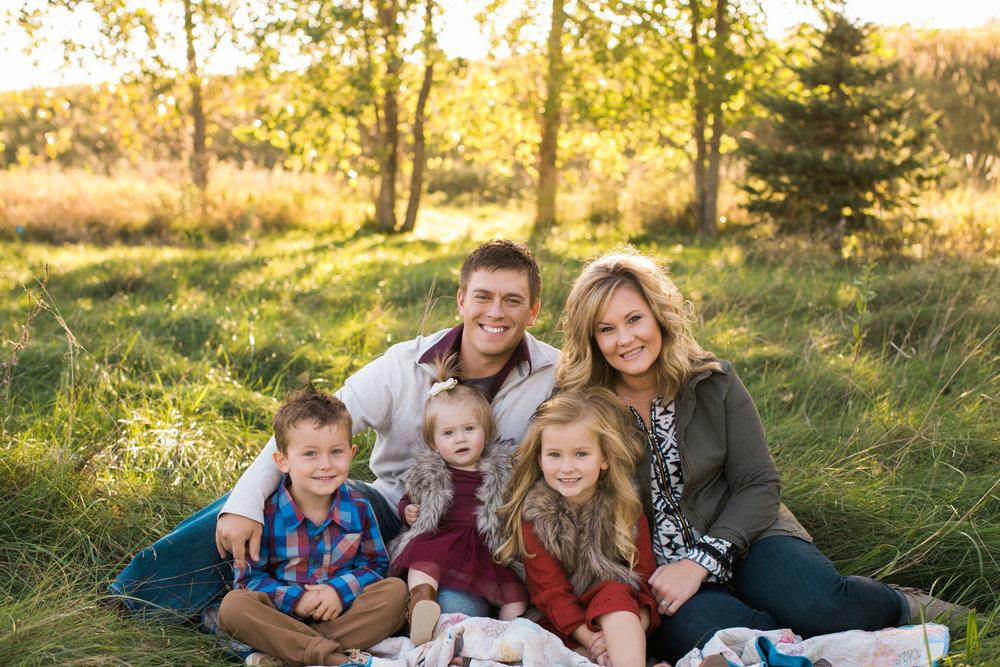Tuschen Family-3.jpg