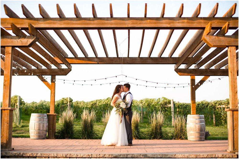 huizing wedding-591.jpg