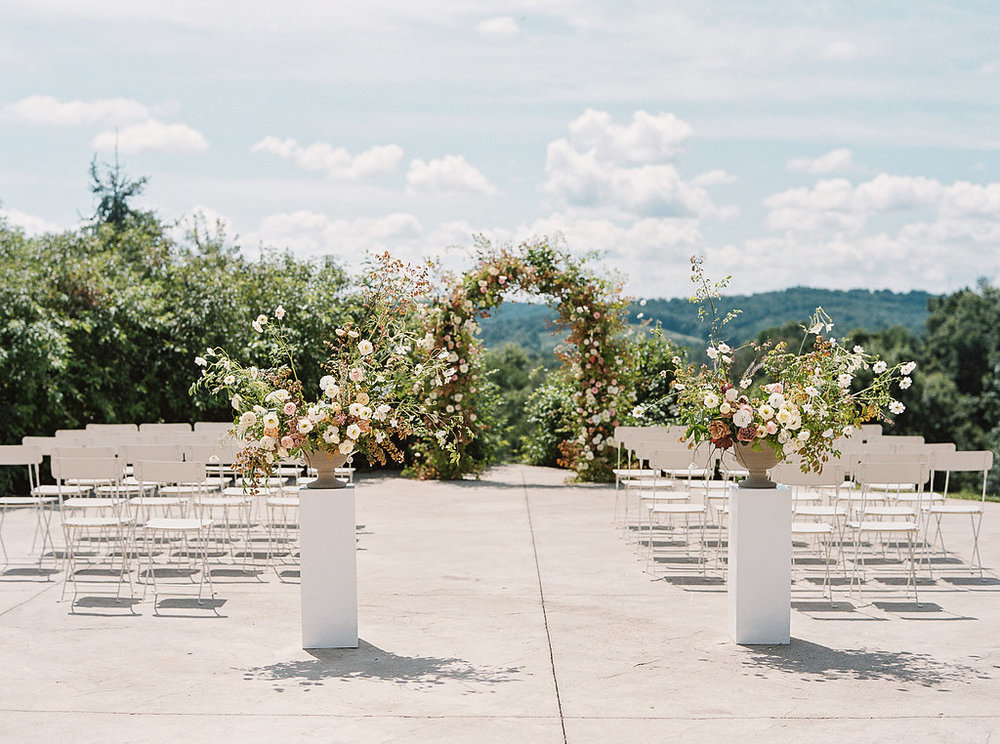 ceremony-floral-arch-statement-entrance.jpg