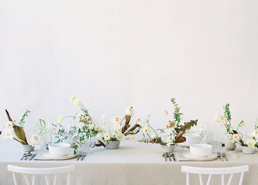 floral-tablescape-with-ceramic-vases.jpg