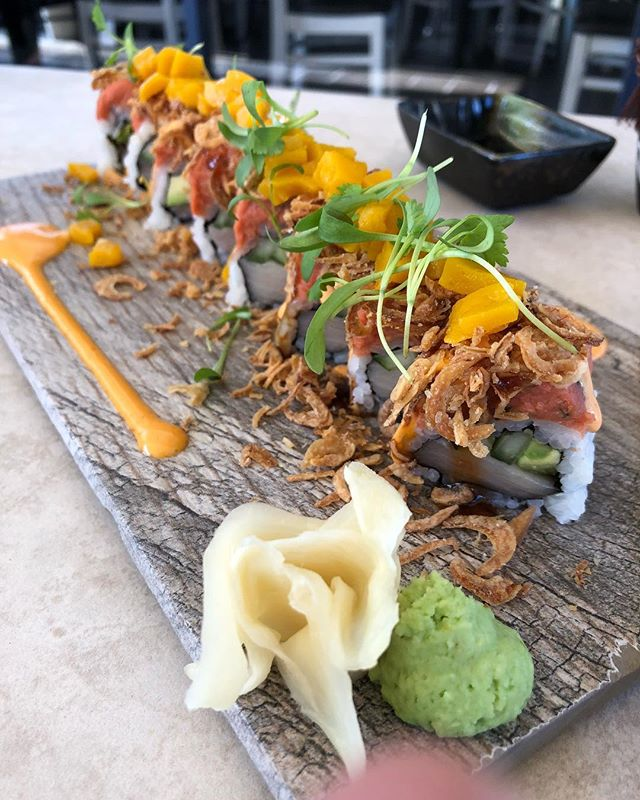 Our Hamachi Roll became one of the best-dishes from Locals opinión. 😋😋😋😋😋 . . . . . #chef #food #restaurant #photooftheday #foodblog #influencer #enjoy #travel #yum #taste #bite #miami #lunch  #southbeach #yummy #sobe #lunchy #delicious #usa #dinner #brunch #fresh #tasty #yummy #wow #lol #amazing #blogger #roll #lettuceandtomato