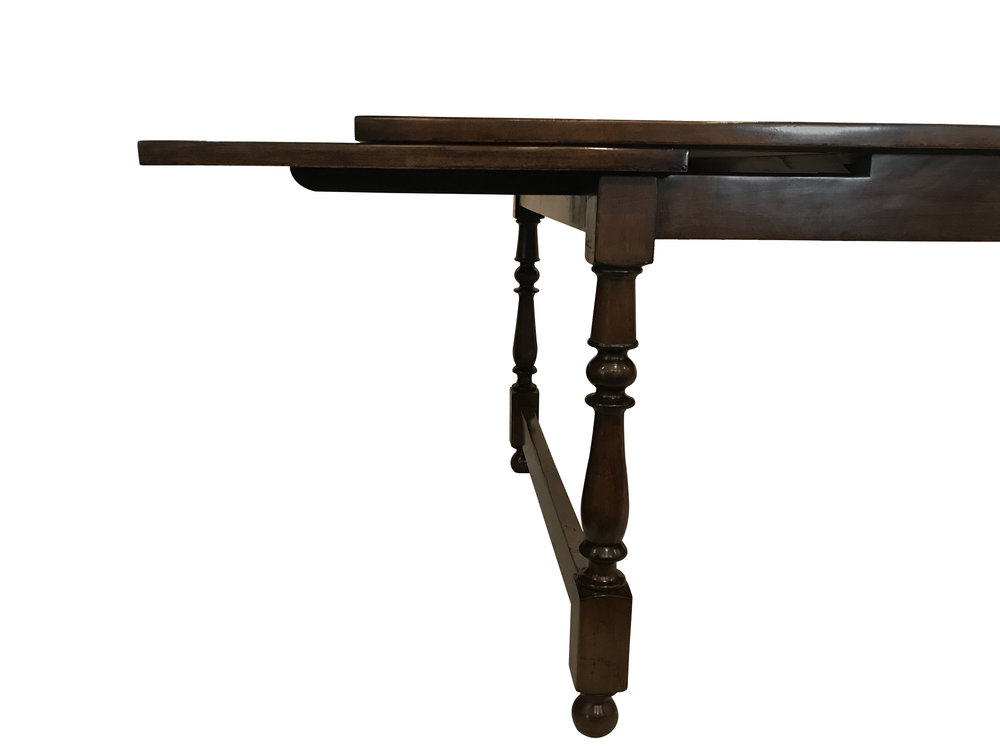 dining table detail 2.jpg