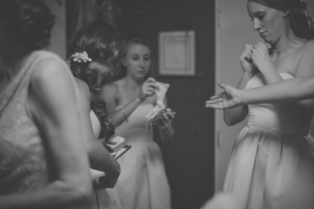 gettingready-girls-0576.jpg