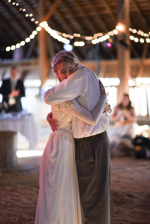 dancing-9434.jpg