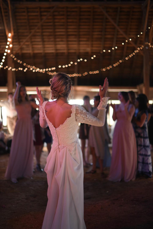 dancing-9501.jpg