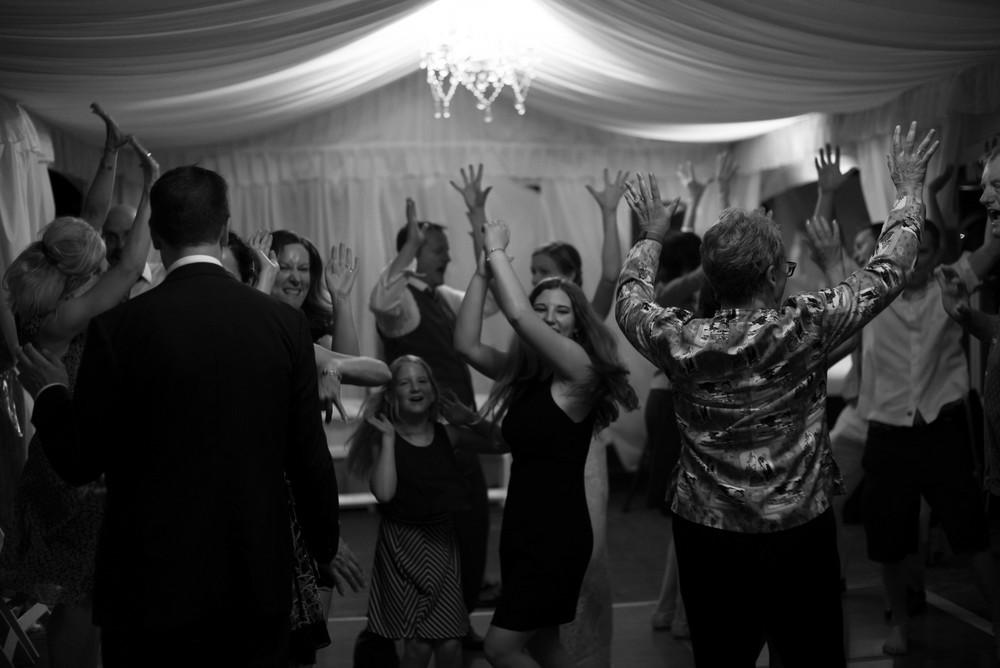 dancing-2688.jpg
