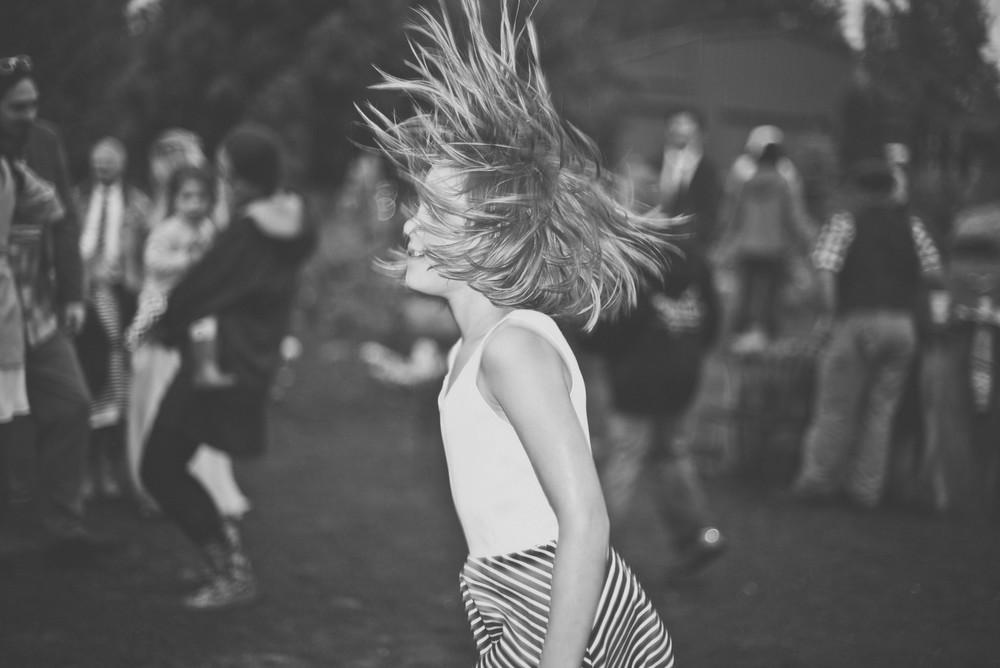 dancing-7636.jpg