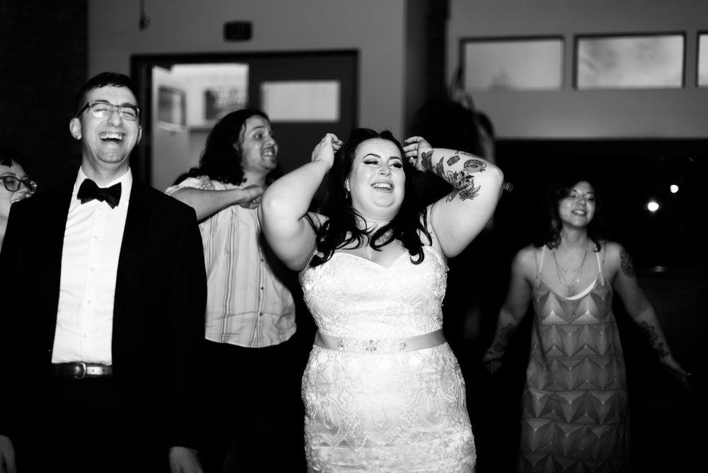 08 Dancing-7548.jpg