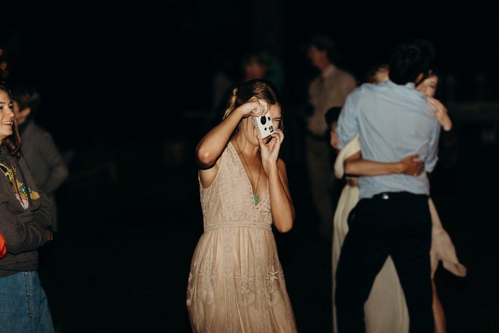 Dancing-40.jpg