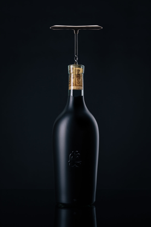 Screw_bottle_web.jpg