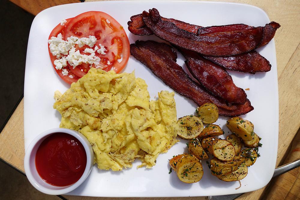 bacon egg.JPG