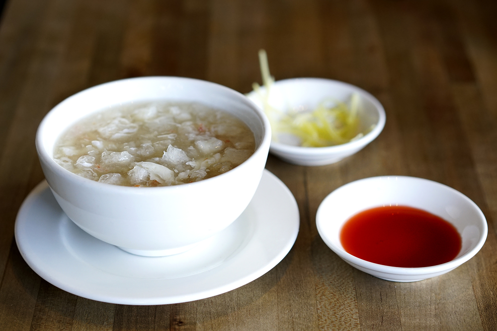 Crab meat and fish maw soup.