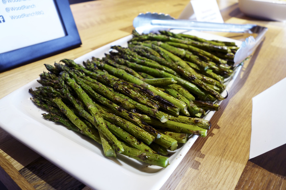 They had some premium sides like grilled asparagus. Also signature sides  like sweet potato mash, and Mac & Cheese. - Wood Ranch - Burbank €�