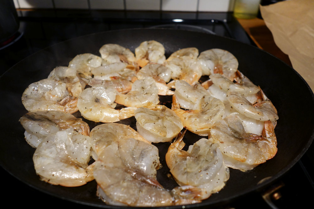Shrimp seasoned with salt and pepper