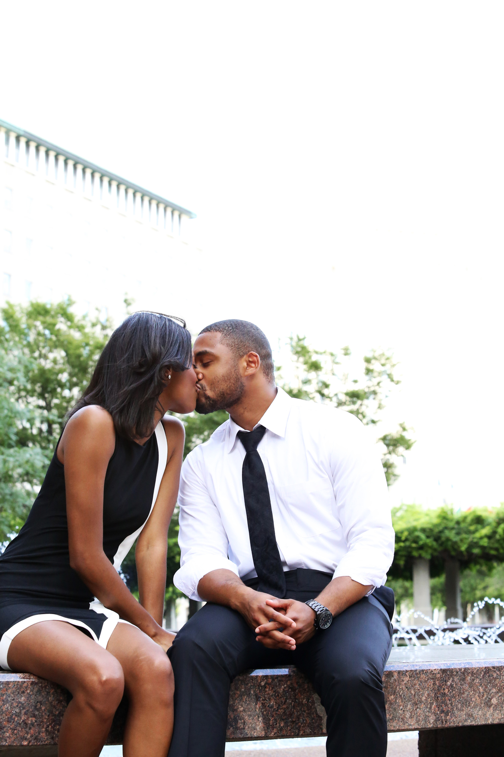 Joshua & Courtney | Downtown Cincinnati | Cleveland Wedding Photography 2