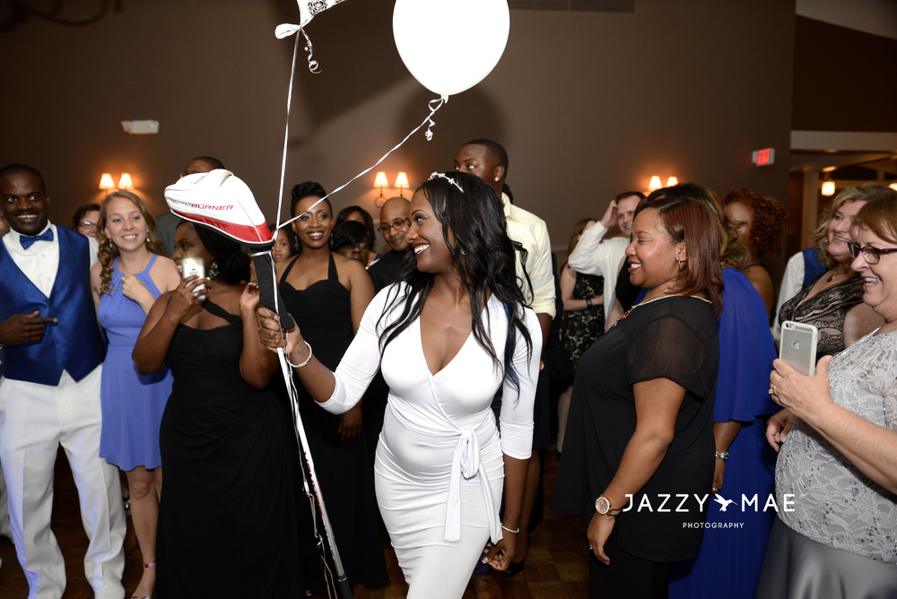 Shavonna surprise her groom with new golf club and wowed the audience with her second dress.
