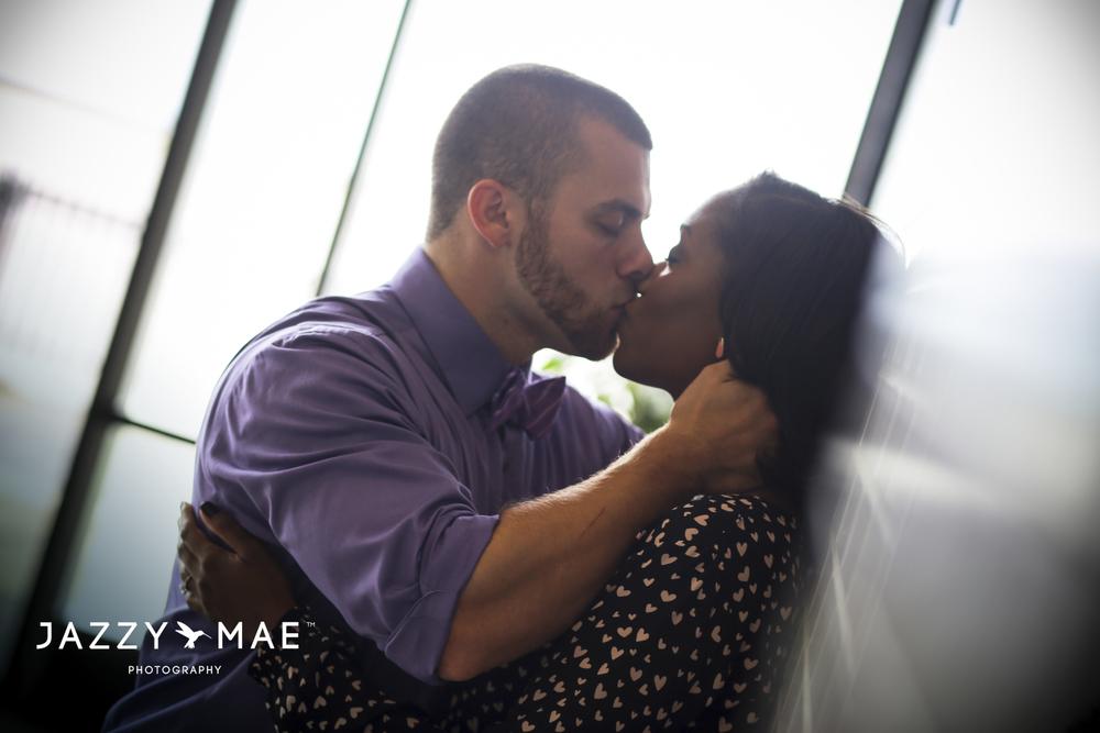 JOHNNY & BRYAUNE | Burke Airport | Cleveland Wedding Photography 5