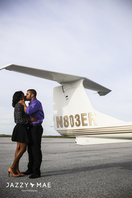 JOHNNY & BRYAUNE | Burke Airport | Cleveland Wedding Photography 8