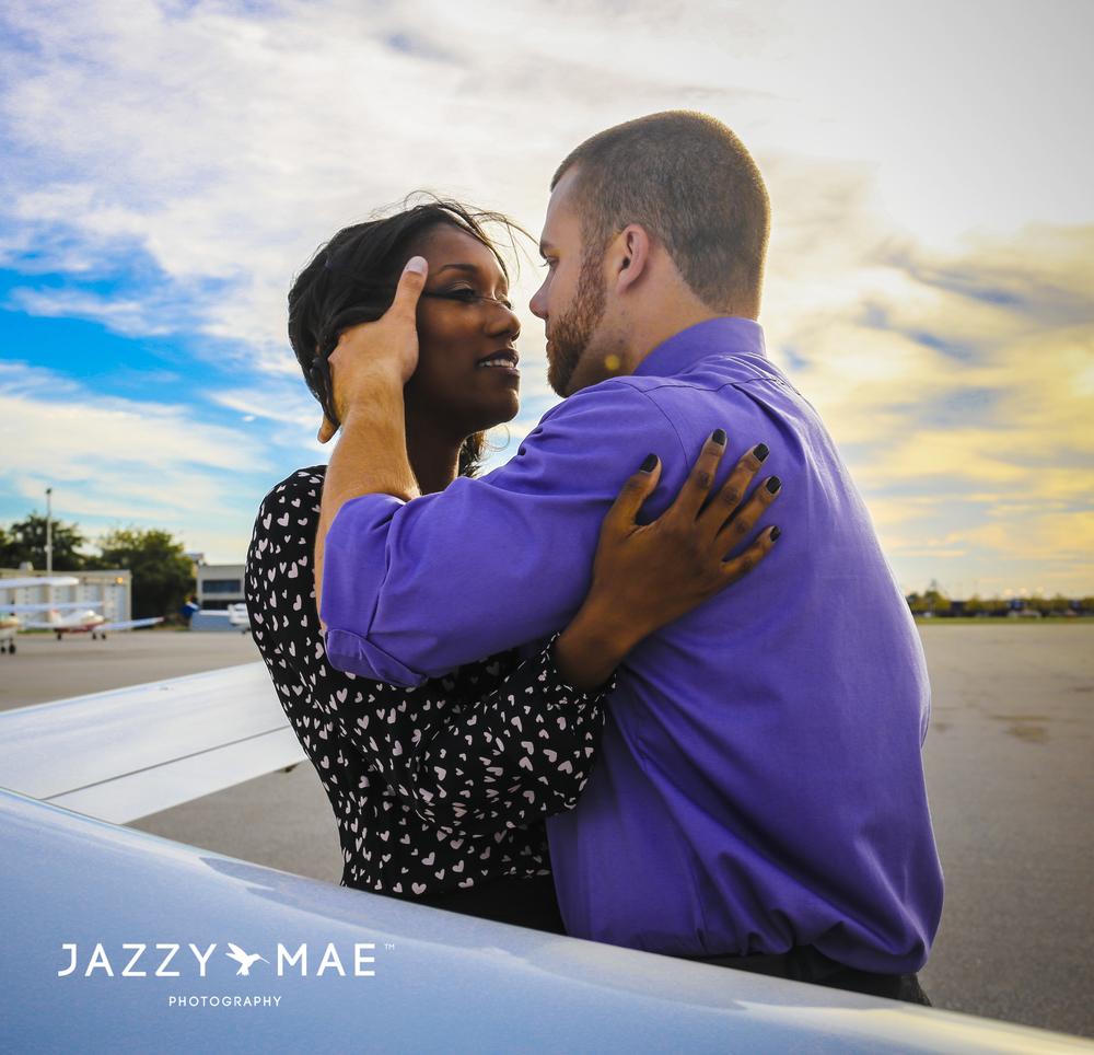 JOHNNY & BRYAUNE | Burke Airport | Cleveland Wedding Photography 9