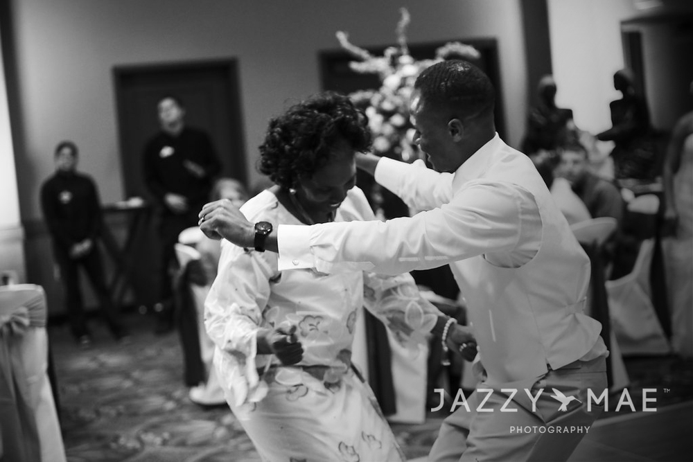 Lisa & Toweh Kpor |  Kalahari Resorts | Cleveland Wedding Photography 2