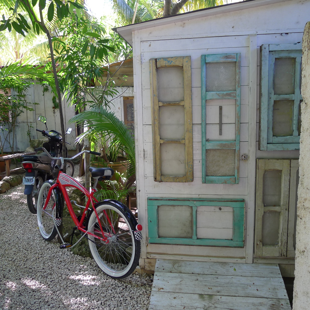 Biking is better in Tulum / Photography by Amy Flyntz