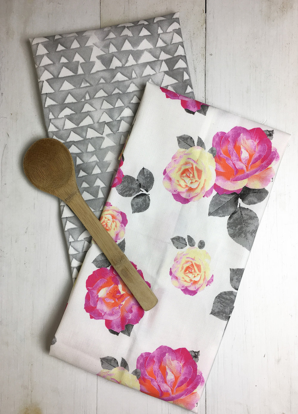 Gray Triangles/Magenta Rose Tea Towel