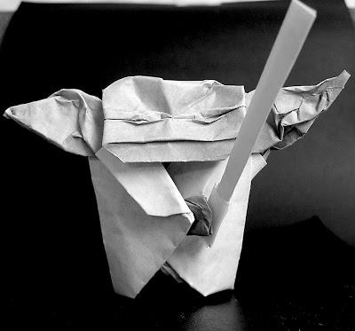 Book Review} The Strange Case of Origami Yoda (Origami Yoda #1 ... | 373x400