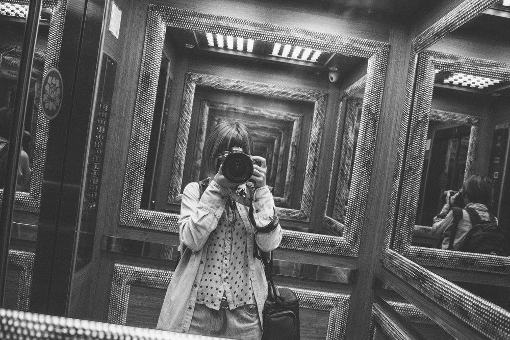 蔡阿令於2008年開始從事婚禮紀錄的工作 2015年正式成立ZONE2中兔攝影