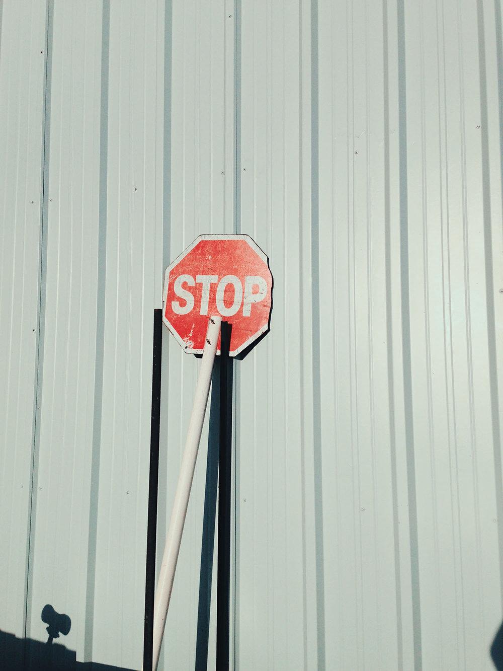 Stop, 2016