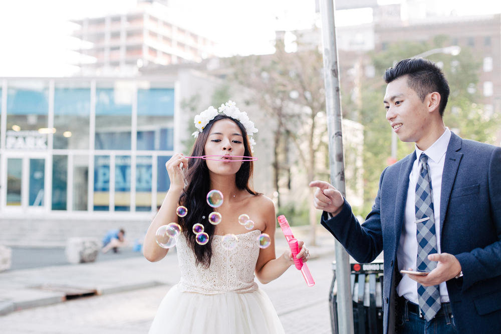 bright and airy couple shoot with bubbles in nyc