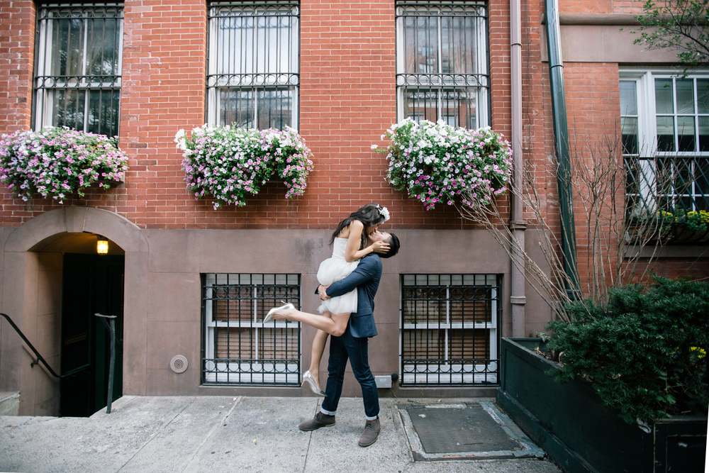 kisses from the west village nyc photoshoot