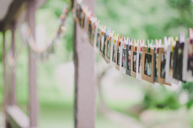 unique table placements for wedding through polaroid cards