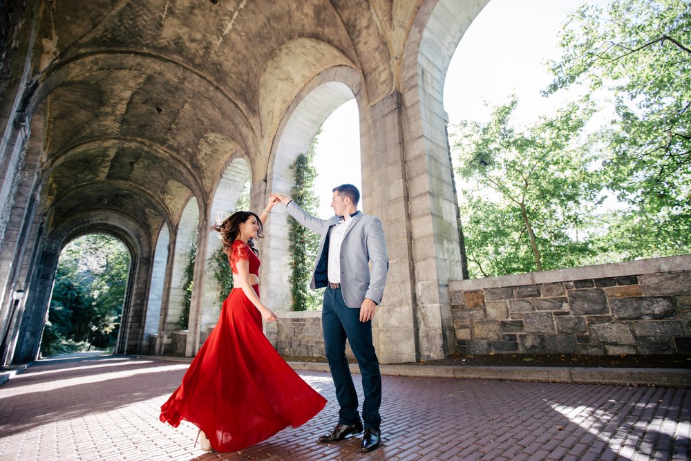 unique engagement photography nyc inside of a park
