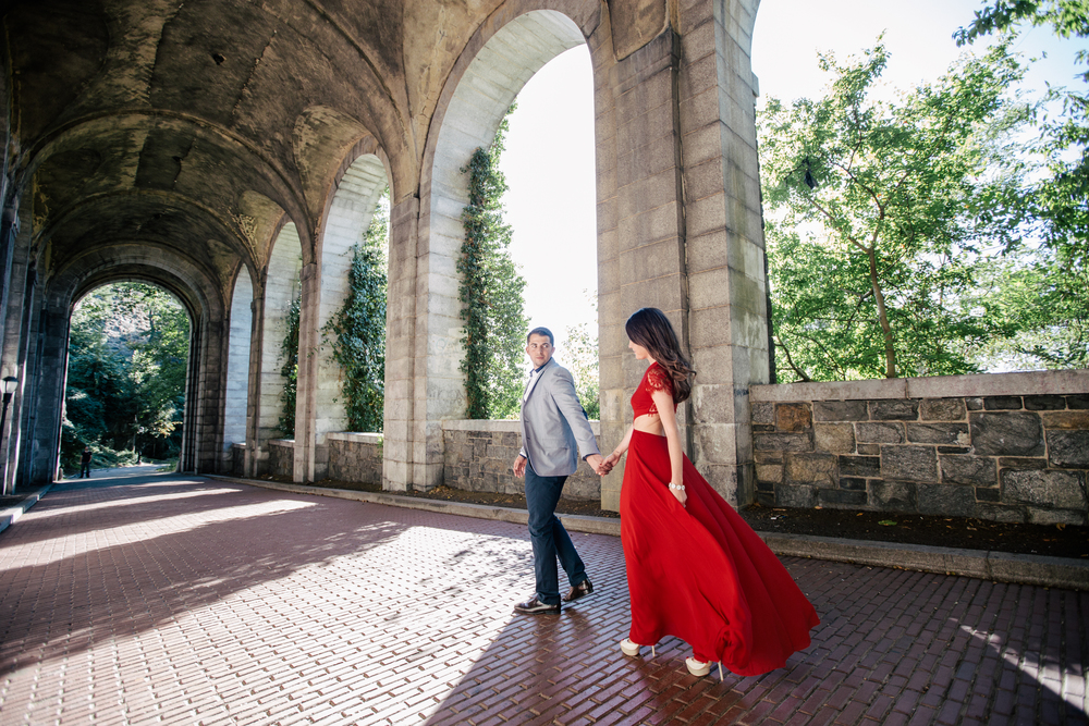 nyc autumn engagement photography fort tyron park