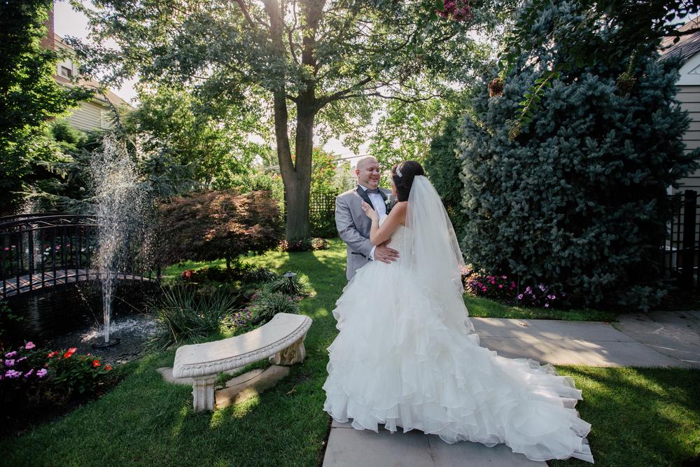 beautiful scenery in queens wedding photography