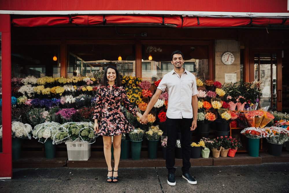 couple at flower stand nyc