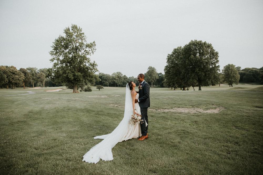 nyc creative intimate wedding photographers