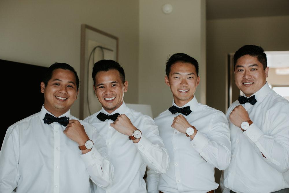 creative groomsmen gift