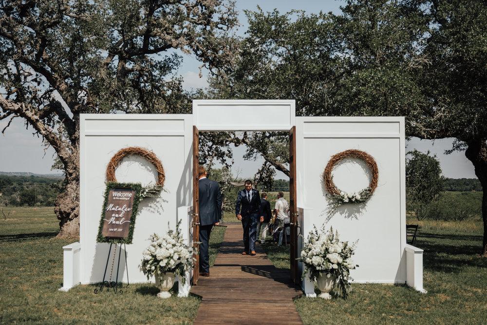wedding-wall-inspiration.jpg