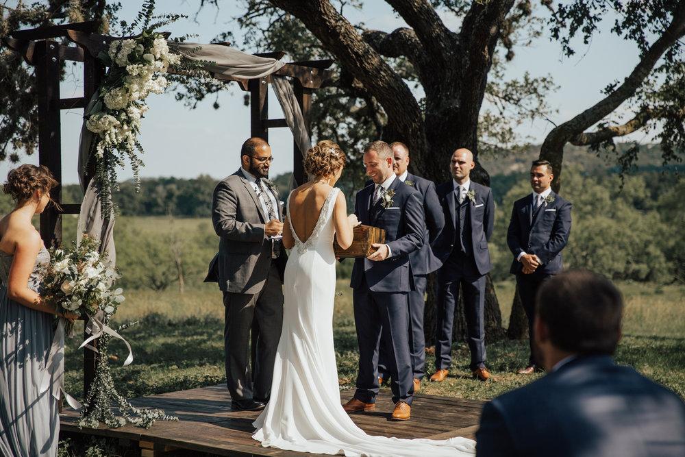 wedding-ceremony-ideas.jpg